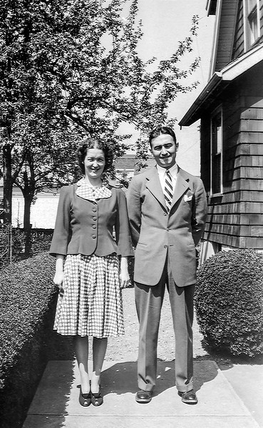 Mom & Uncle Will - 1941