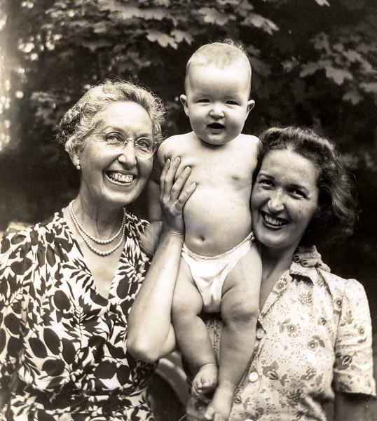 Nana, Robert & Mom - September 1944
