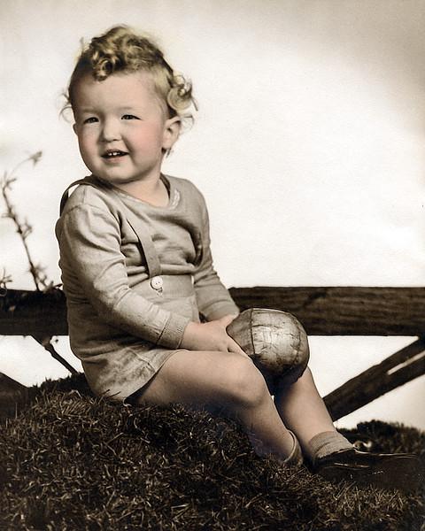 Robert - 1945