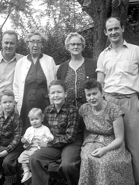 Dorothy & Frank Stain with the family - 1953