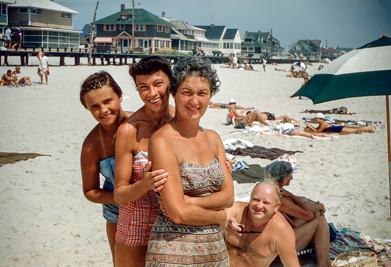 Boni, Aunt Ruth, Mom & Joe - Lavallette - July 1957