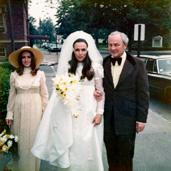 Boni, Dad & Carol arriving at the church - May 26, 1973