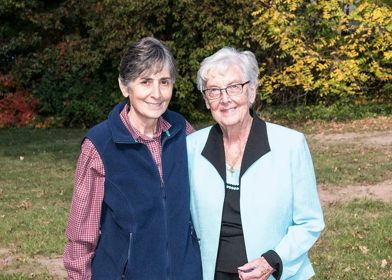 Mercedes with Aunt Maureen - October 2014