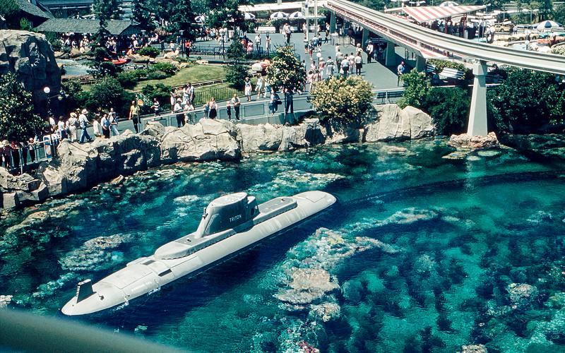 Disneyland - Captain Nemo submarine & the Monorail - 1964