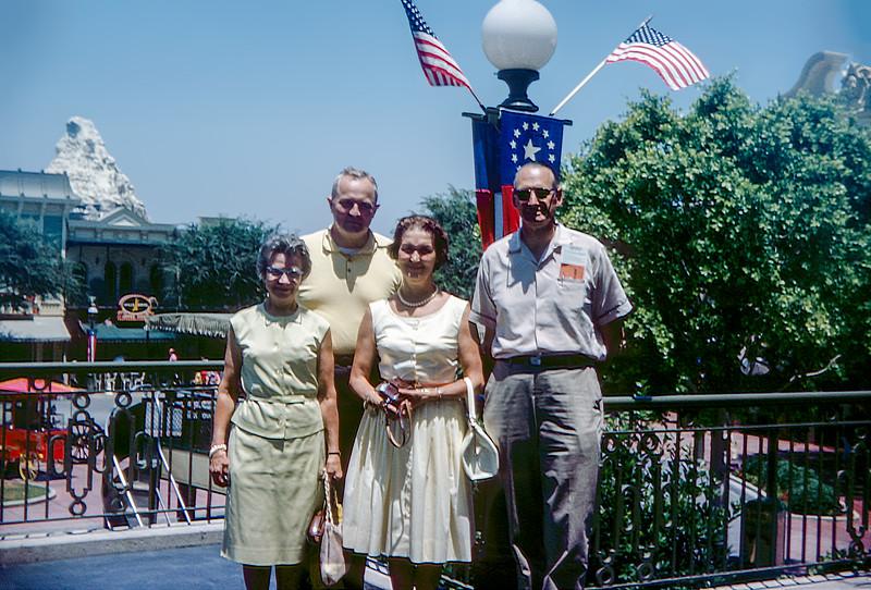 Disneyland - 1964