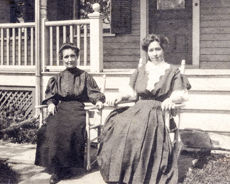 Marie Isabel McGrath (aka Nana) & mother Catherine - 1907
