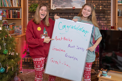 20181225-BeckyJenny-Dec 2018 (Christmas)