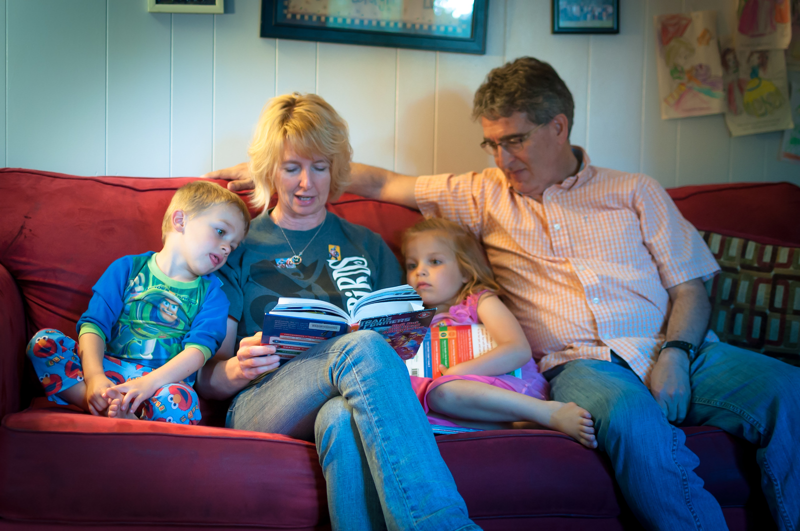 Reading Stories with Grandma and Grandpa - May 22