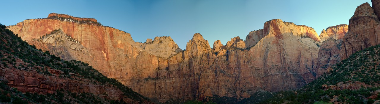 The Altar Of Sacrifice And West Temple Peaks In Zion