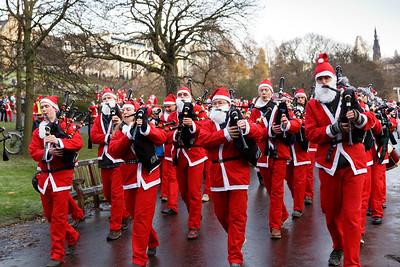 Edinburgh Santa Fun Run & Walk, Princes Street Gardens