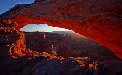 Sunrise at Mesa Arch - Island in the Sky - Canyonlands National Park, Utah