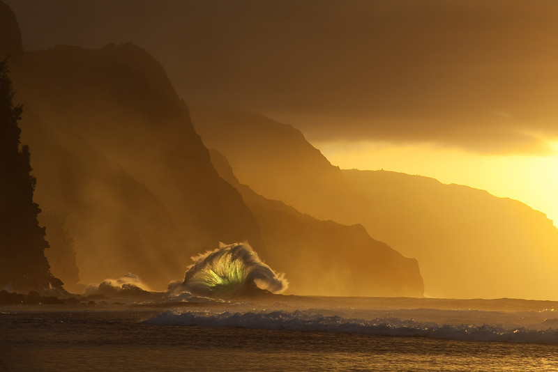 Storm Wave at Sunset, Napali Coast