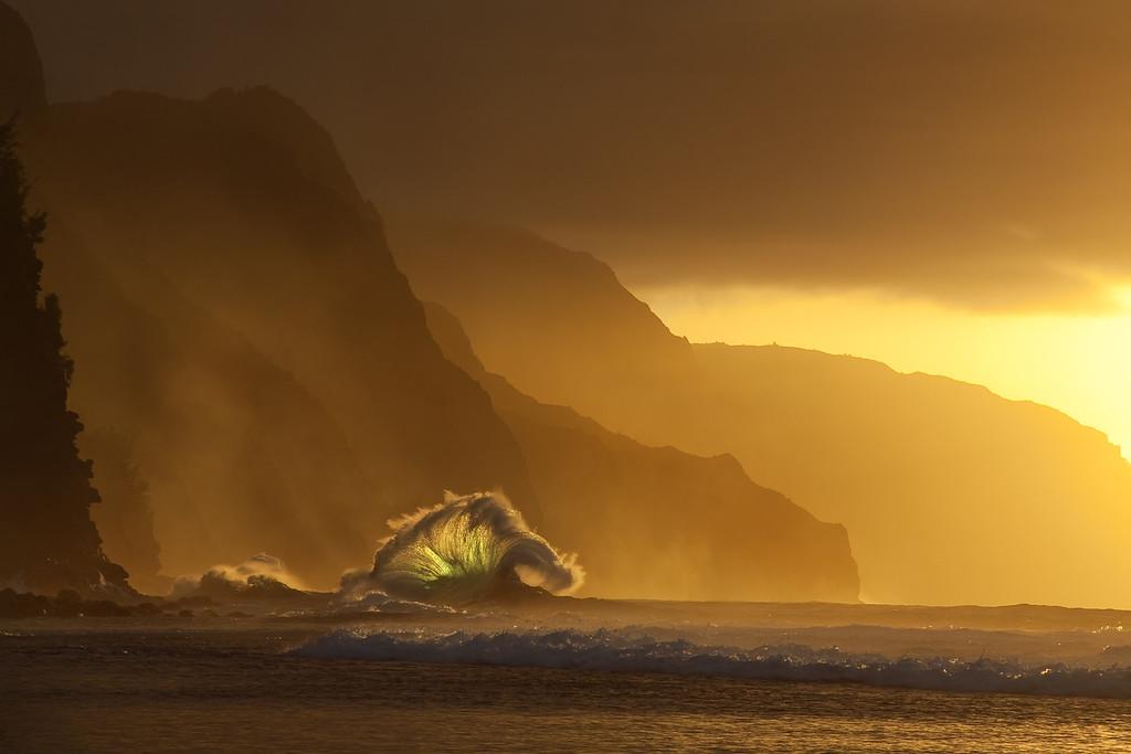 Storm Wave at Sunset, Napali Coast