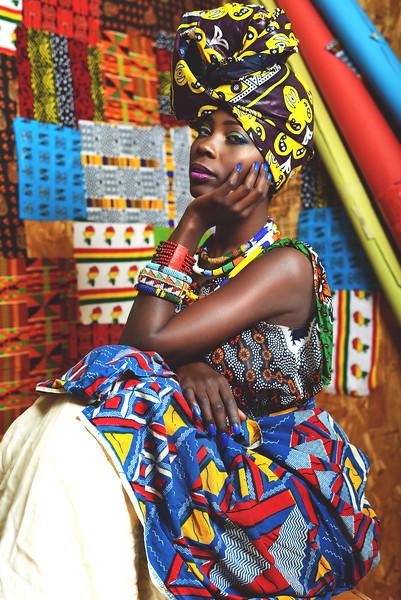 Model: Fatuma  MUA: @Yannaluvmua Stylist: Ashton's Closet