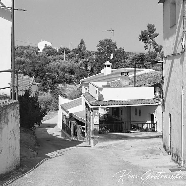 Village houses in Sabariego