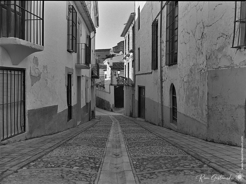 Narrow srtreet in Alcaudete