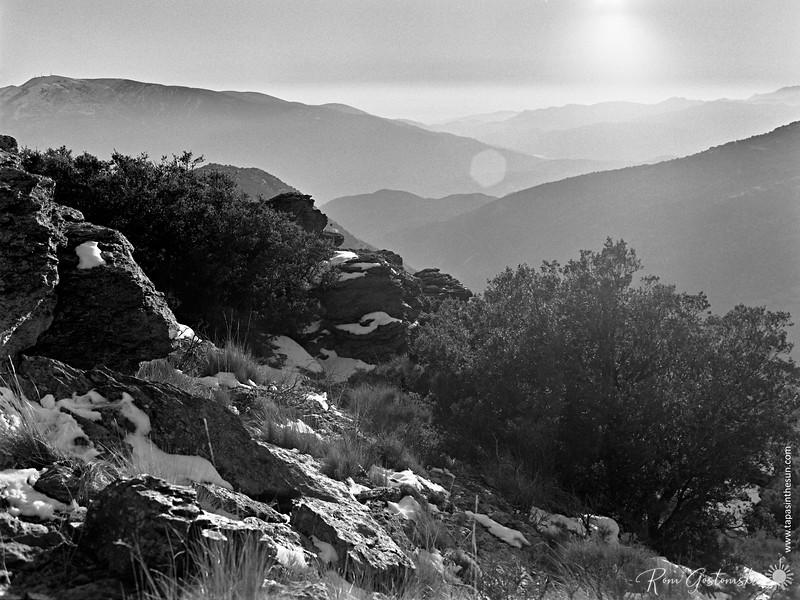 Mouintains in the mist - Sierra Nevada
