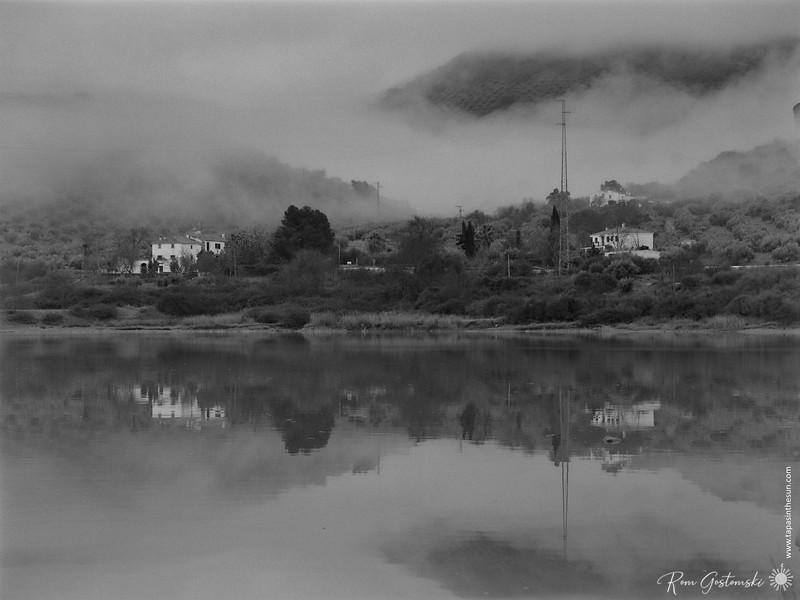 Cortijos in the mist