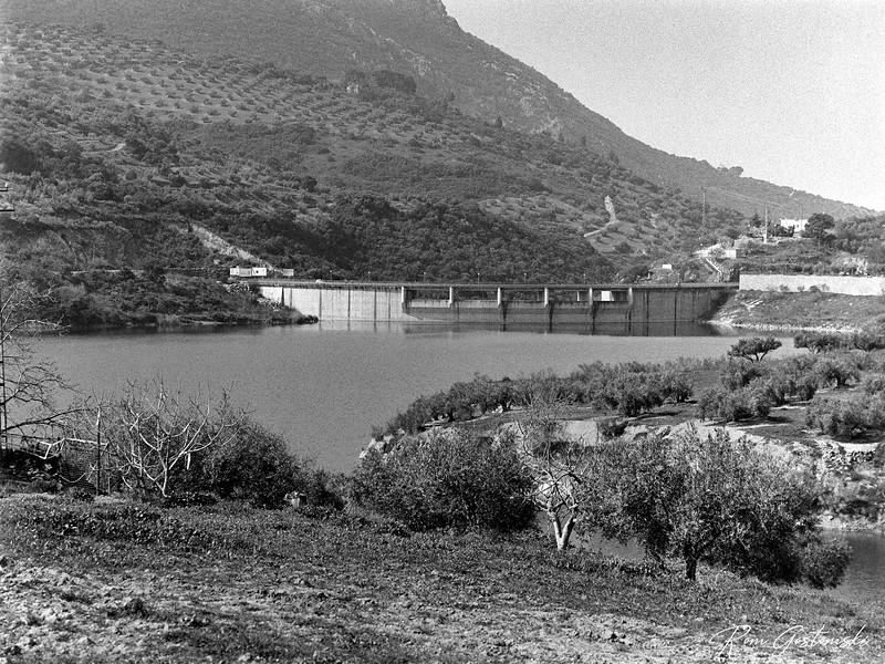 The Viboras reservoir dam