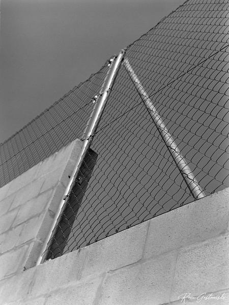 Padel court enclosure