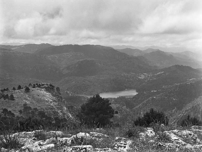 Aguascebas reservoir - viewed from Navazalto