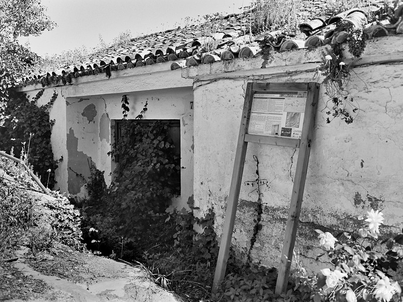 The abandoned Community Centre in Atalbeitar