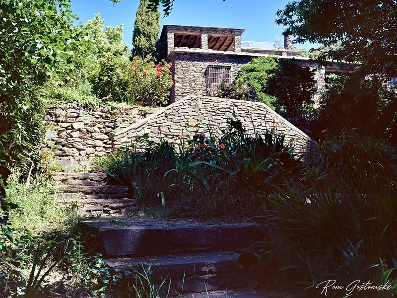 The grounds of Cortijo Prado Toro