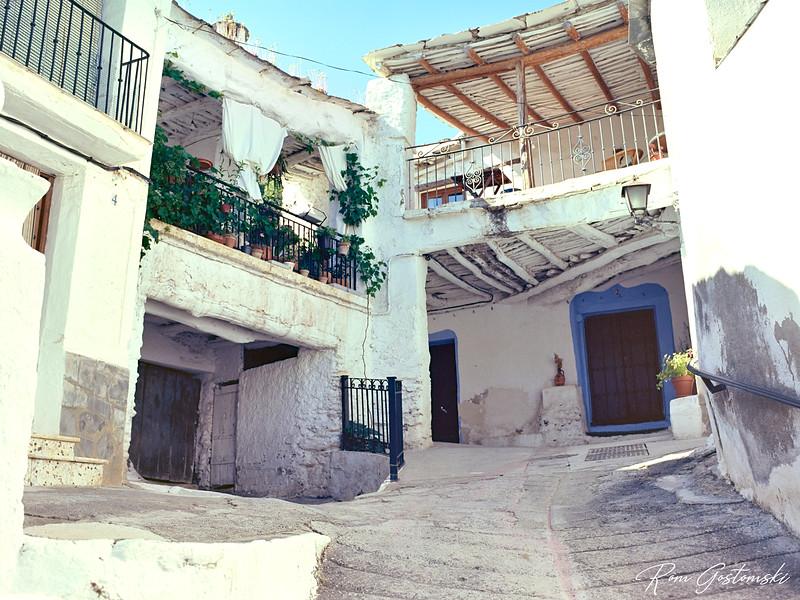 A street in Atalbéitar