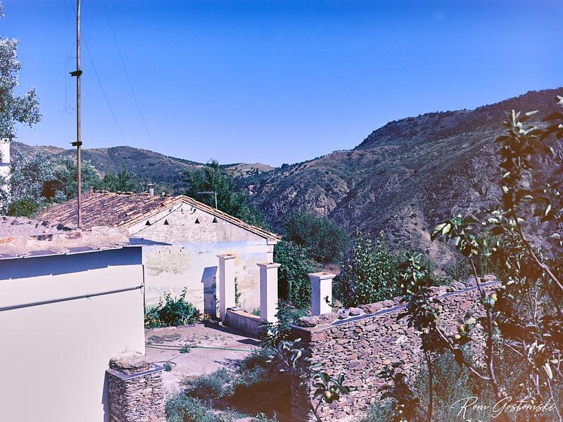 Atalbéitar - the edge of the village