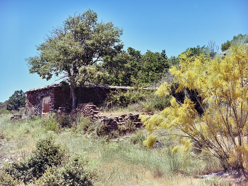 An old cortijo, probably abandoned near Cortijo Prado Toro