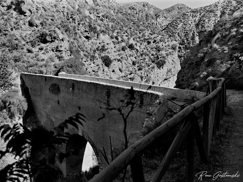 Puente nazarí de Tablate