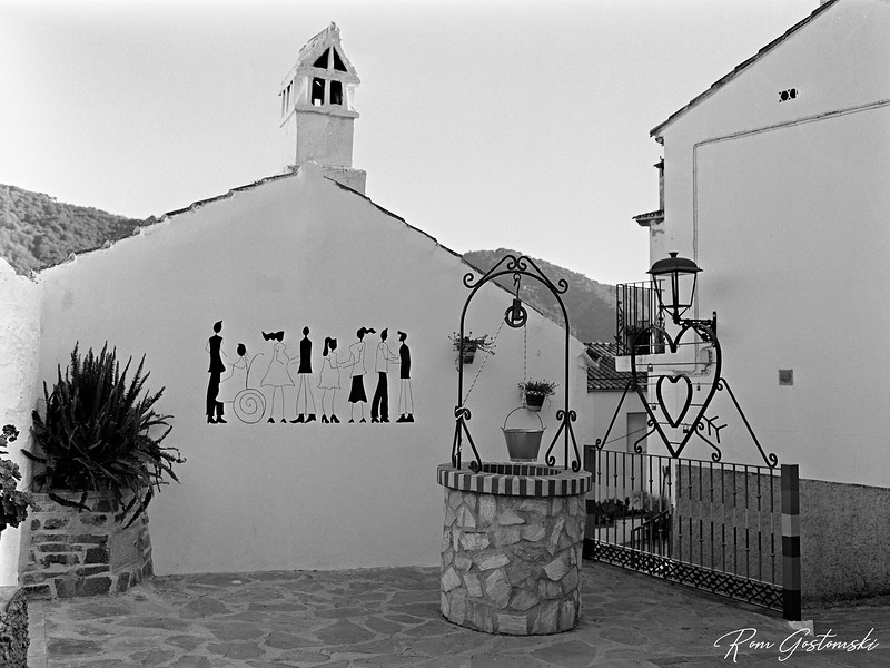 A small plaza in Jubrique