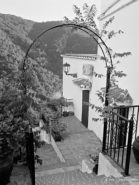 Jubrique - pretty but steep paths