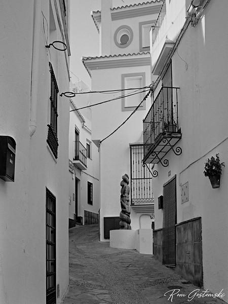 A narrow street in Genalguacil