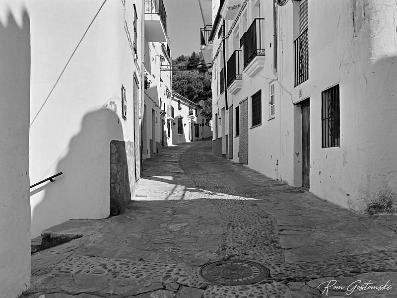 A street in Genalguacil