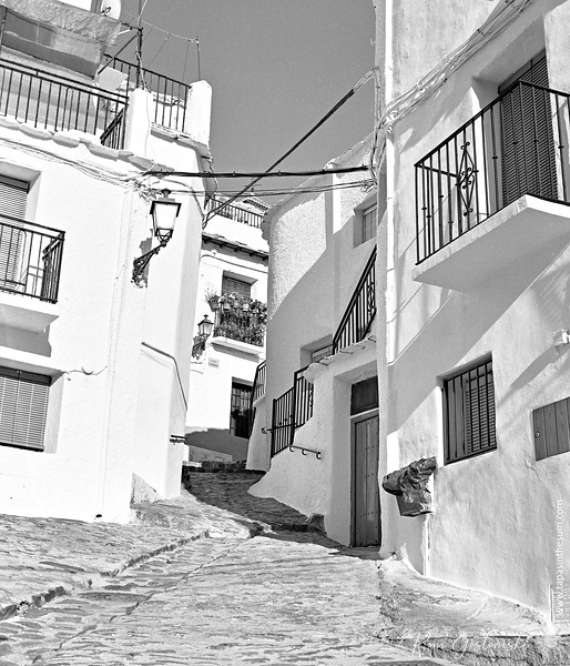 A steep narrow alley in Capileira