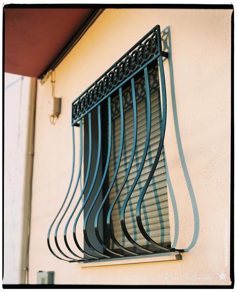 Burgular bars