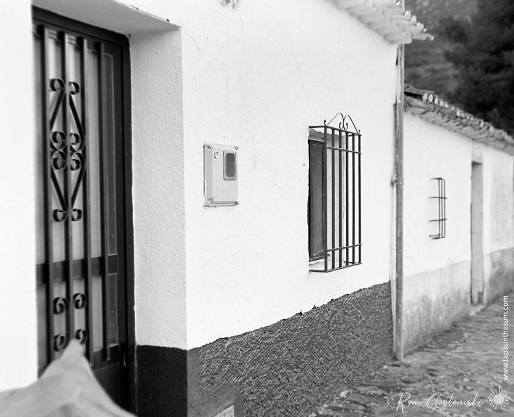 Terrace cottages