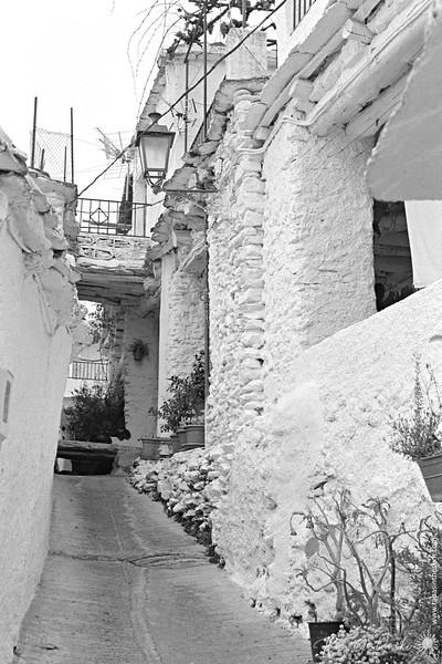 A narrow alley in Capileira