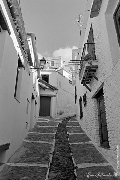 Steep narrow street in Pampaneira