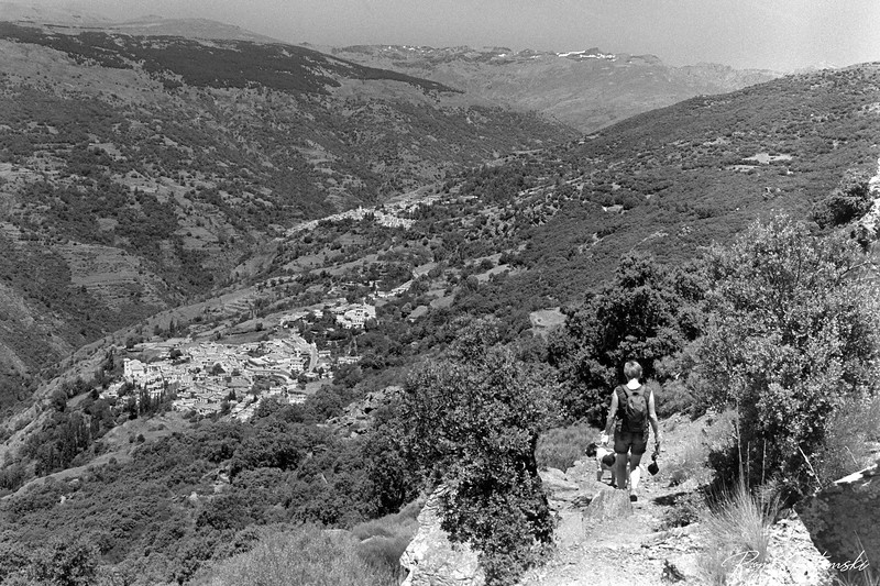 The descent to Bubion