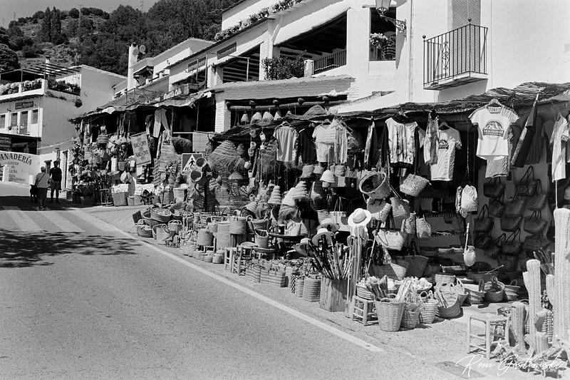 Souvenir and craft shops in Capileira