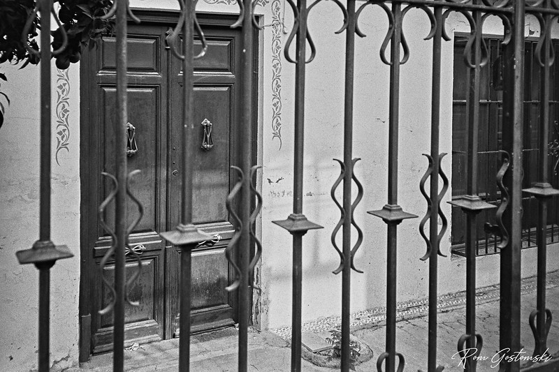 A grand house behind bars in Alcaudete