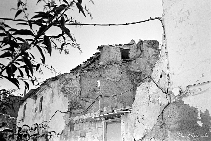 Abandoned houses in Alcaudete