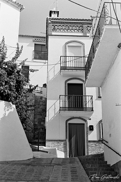 Jubrique -steep narrow streets