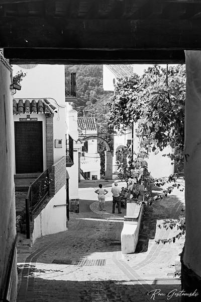 A steep narrow street in Jubrique