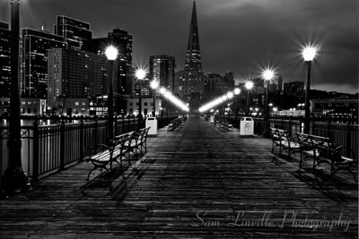 2007-12-24-SL-San Francisco Pier 7 B&W 4_Bay