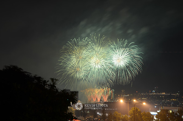 4th of July Fireworks over Seattle's Lake Union 2011