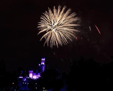 04-19-11 Family Disneyland vacation-246