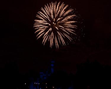 04-19-11 Family Disneyland vacation-336
